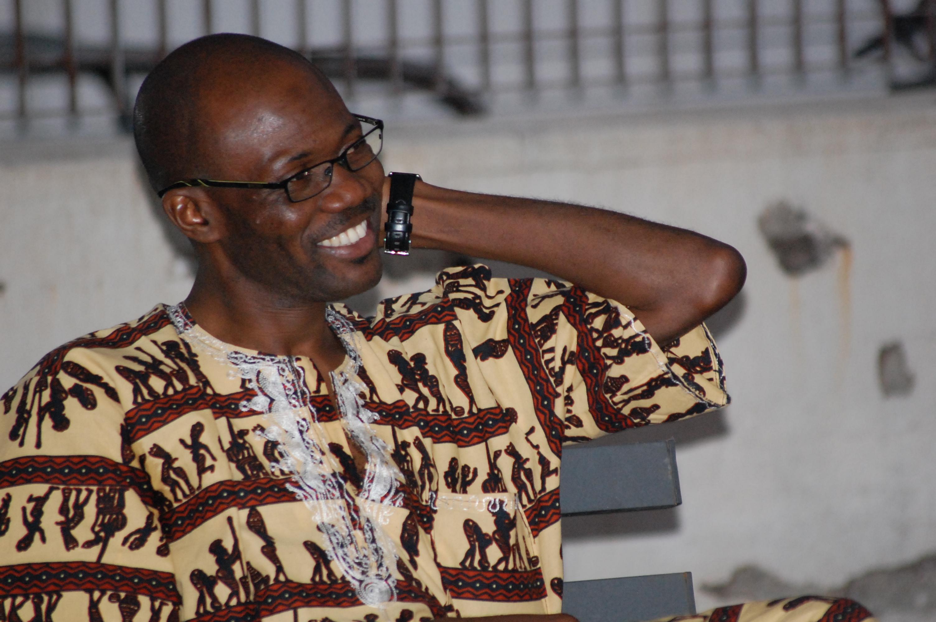 """Cheikh Tidiane Gaye, """"cantore"""" della lingua italiana nato in Senegal (B2-C1)"""